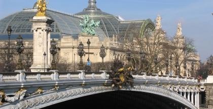 Vista lateral del Gran Palacio de Paris - autor