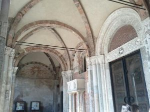 Basilica di SantAmbrogio01