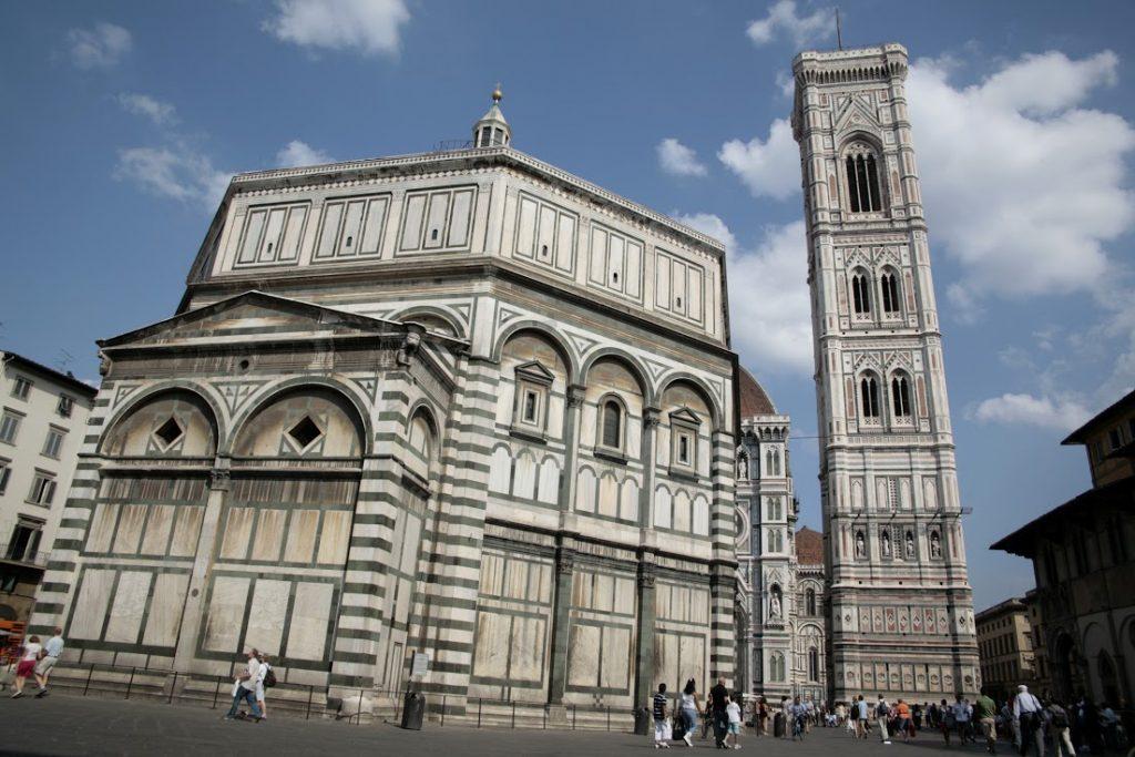 Plaza del Duomo (Florencia) - Sitiosturisticos.com
