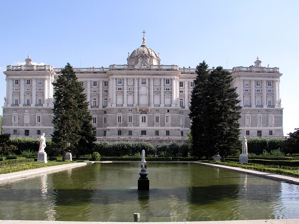 Palacio real de madrid for Jardines palacio real madrid
