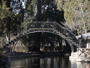 Puente de Hierro del Parque de El Capricho