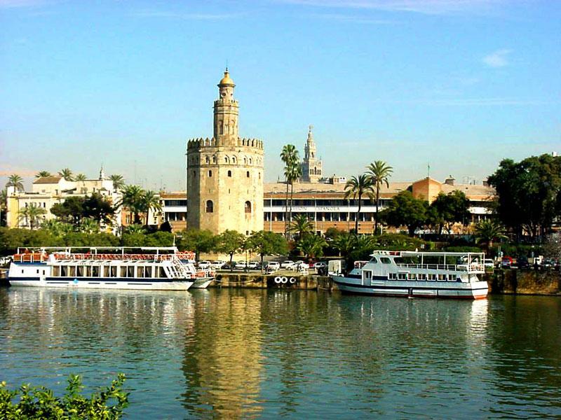 Sevilla for Sitios turisticos de madrid espana