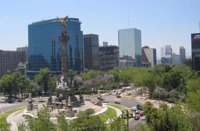 Vista del Monumento a la Independencia en Ciudad de México