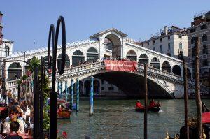 Puente de Rialto (Venecia)