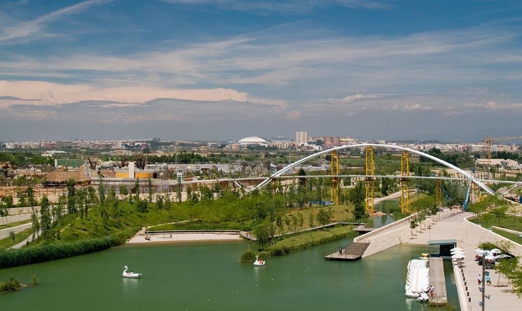 Barcelona – Lyon Wikipedia: Sitiosturisticos.com